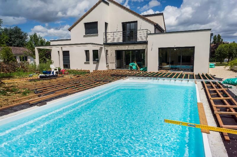 aménager une piscine dans son jardin à Vichy   Xavier Paysage